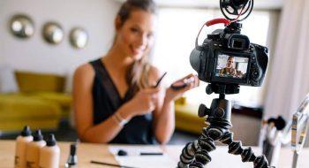 Vlog Çekmek İçin Kamera Önerileri